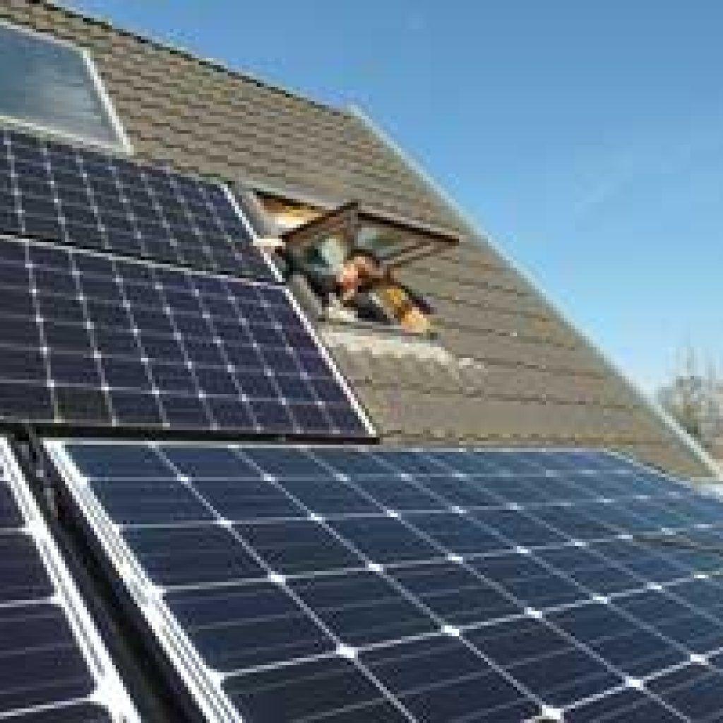 Instalar placas solares mas rentable que el recibo convencional solarstem montaje de placas solares fotovoltaicas