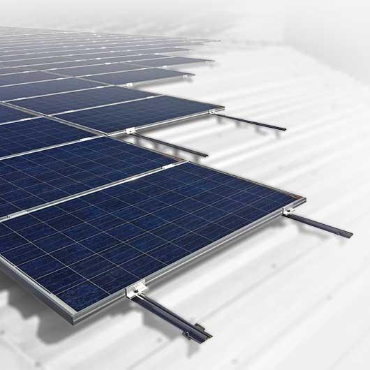 Estructuras para paneles solares en tejados inclinados for Tejados solares
